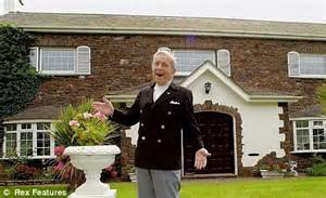 house and home design studio isle of man family put sir norman wisdom in a home against his wishes