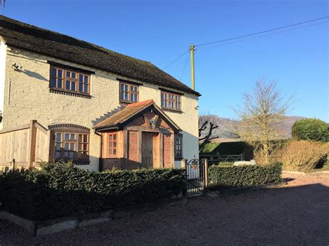 Yew Tree Cottage by Yew Tree Cottage Visit The Malverns