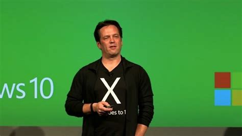 phil spencer apologizes for gdc party hosted by xbox game rant xbox s phil spencer hosts dice discussion wants toxicity