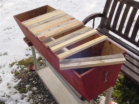 Top Bar Plans by Birdmans Bees Top Bar Hive Plans Bees