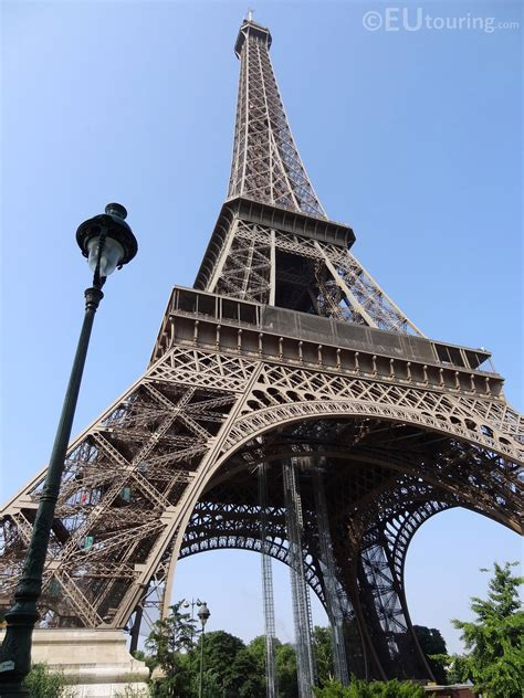 eiffel tower floor l base 2 640 215 1 980 pixels file size 1 67 mb mime type image
