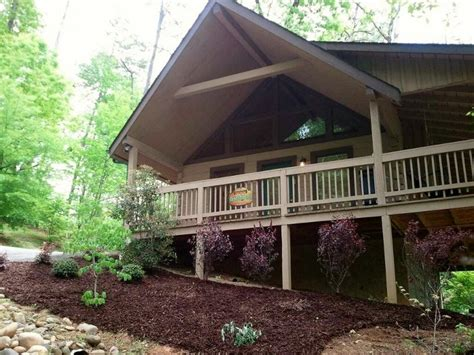pet friendly cabin sevierville cabin mountain air