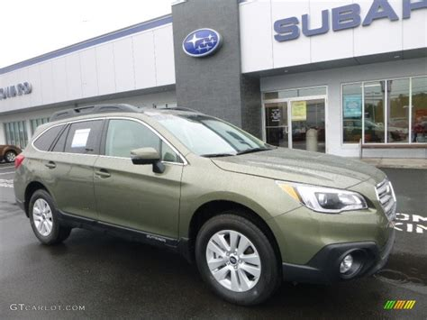 green subaru outback 2017 wilderness green metallic subaru outback 2 5i premium