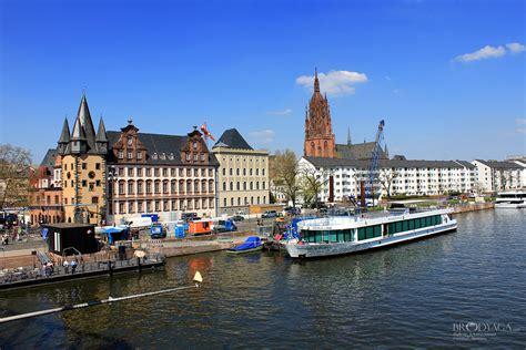 Frankfurt Gänsebraten by Frankfurt Travel Photo Brodyaga Image Gallery