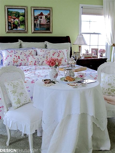 master bedroom decor  french style breakfast nook