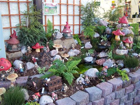 crazy lawn gnomes on pinterest garden gnomes gnomes and 1000 images about gnomes fairies on pinterest gnomes