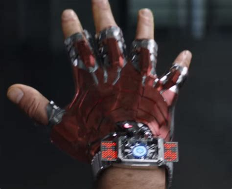 iron man gauntlet marvel cinematic universe wiki