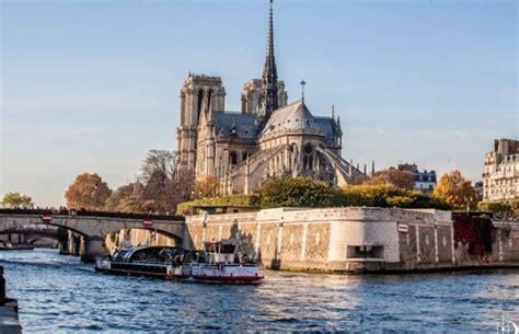 vedettes du pont neuf croisi 232 re promenade office de - Bateau Mouche Vedette Pont Neuf
