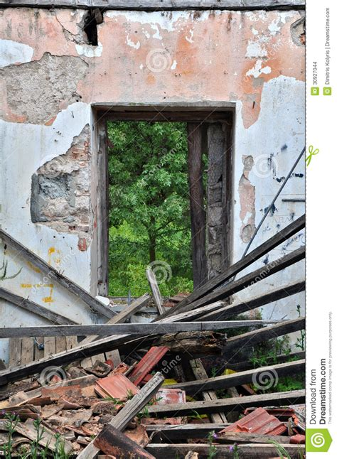 Collapsed Roof Abandoned House Stock Images   Image: 30927044