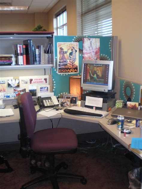 Work Desk Decoration Ideas 20 Cubicle Decor Ideas To Make Your Office Style Work As As You Do