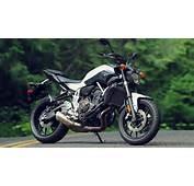 2016 Yamaha FZ 09 Gray Together With Bajaj Pulsar 200 RS Likewise 2015