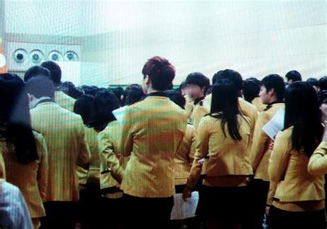 Seragam Sekolah Sopa 2014 school of performing arts seoul fakta jungkook