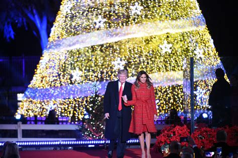 dc tree lighting 2017 fashion notes melania trump rings in christmas season