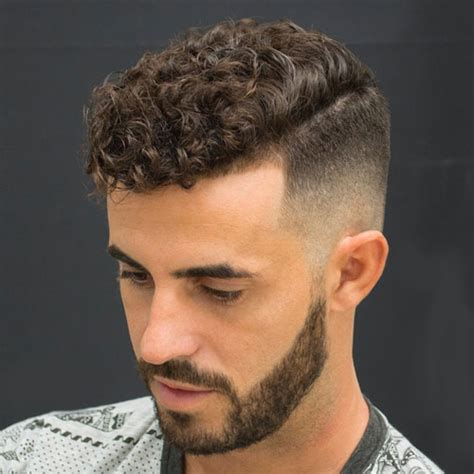 Curly Hairstyles Thick Hair Fade Haircut 27 Sides Top Haircuts 2019 S Haircuts Hairstyles 2019