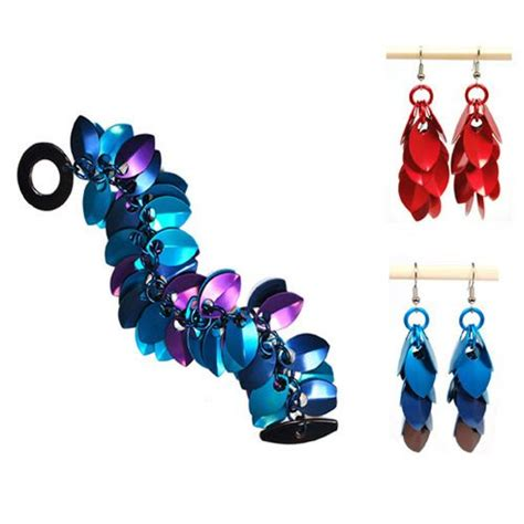 jewelry classes chicago chainmaille diy jewelry class shaggy scales earrings 12 21
