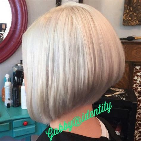 stacked bob hairstyles for thinning hair 1330 best bobbed hairstyles images on pinterest short