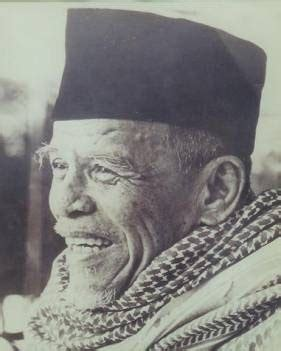 profil abuya hamka buya hamka tokoh ulama dan sastrawan bahasa indonesia