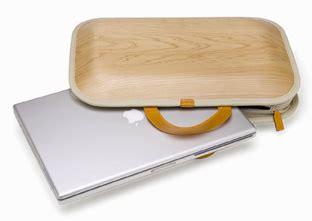 Takumi Shimamura Wooden Laptop Bag Hippyshopper by What If Plastic Wasn T Invented Core77