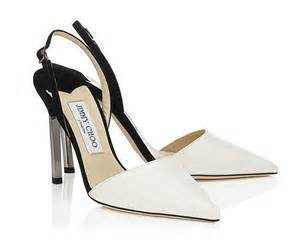 boat shoes rubbing heel how to stop high heels rubbing blast them with a