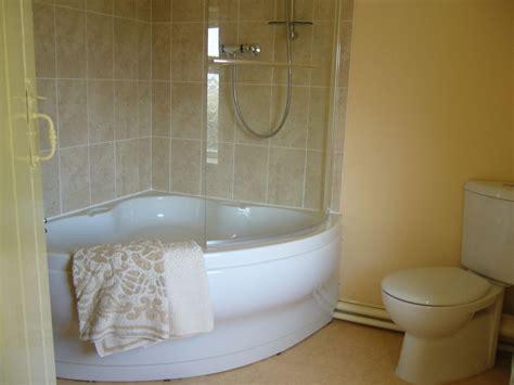 corner bathtubs for sale small corner bathtubs for sale corner bathtub shower combo