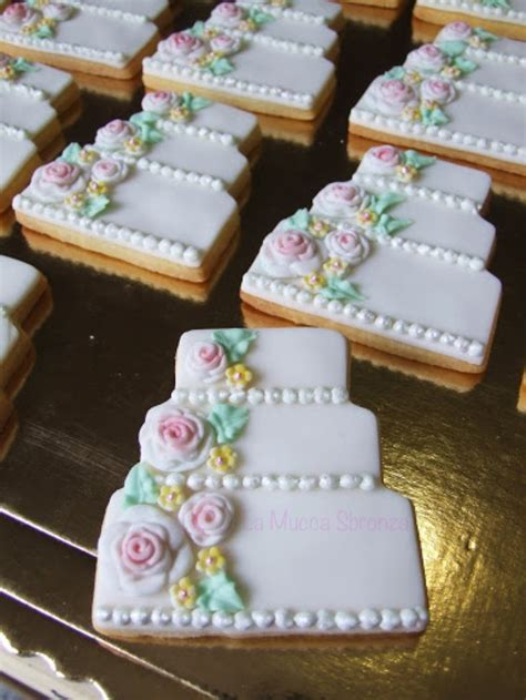 43 best images about weddings . cookies on Pinterest