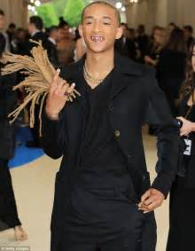 met gala 2017 jaden smith brandishes his dreadlocks
