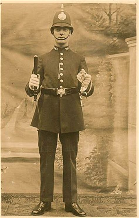 a day in the life with tj victorian spring wreath london police on pinterest victorian london victorian