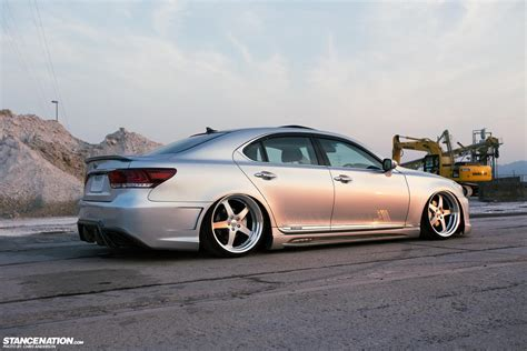 lexus slammed stance nations two amazing twin slammed vip ls460s