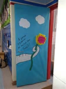 dr seuss door decorating dr seuss dr seuss doors best dr seuss door decoration ideas
