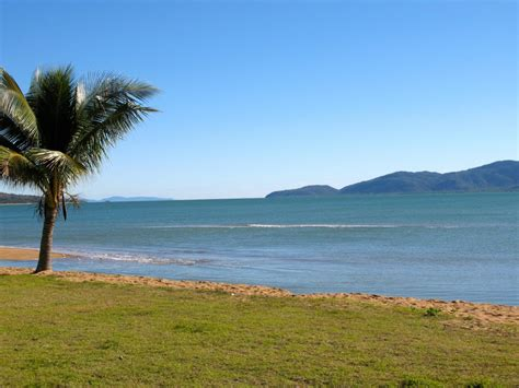 Holiday Giveaway Competitions - rowes bay townsville holiday giveaway flights inc