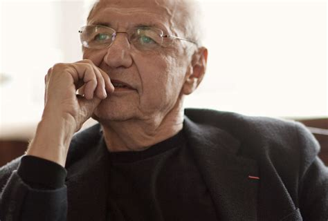 famous architects today today is frank gehry s birthday simbiosis news