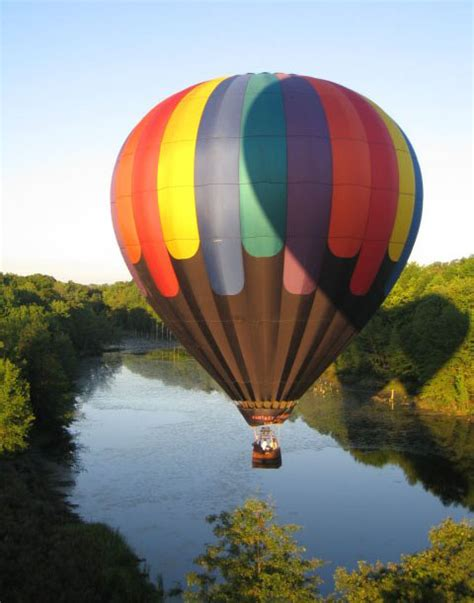 iklan weddingku pt jaya balon balon promosi balon karakter balon udara