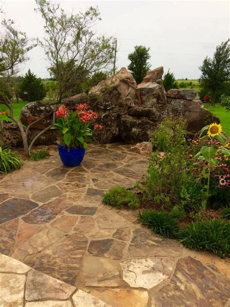 Patio Filler by Flagstone Classic Rock Yard