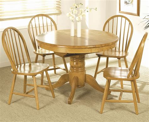 worcester extending dining table and 4 chairs