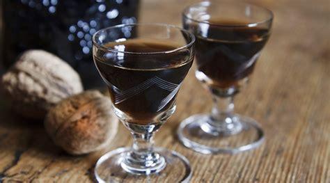 liquori da fare in casa 5 deliziosi liquori natalizi da fare in casa patatefritte