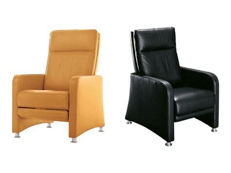 poltrone comode per anziani poltrona ergonomica con schienale reclinabile e
