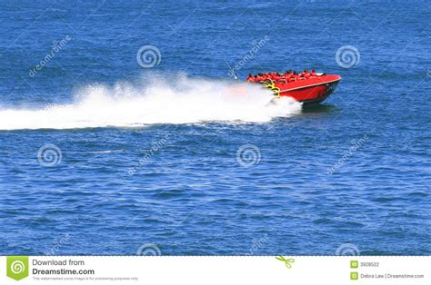 jet boat cartoon images jet boat cartoon vector cartoondealer 11170955