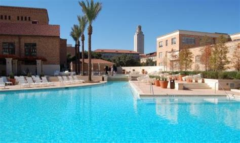 ut my housing colleges with the best pools