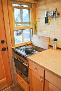 tiny house energy heating and cooking fuel choices