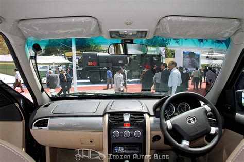 Interior Of Tata Safari Storme by Tata Safari Storme Gs800 Interior Indian Autos