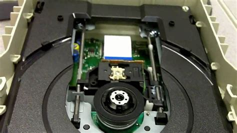 Dvd Player Drawer Won T Open by How To Fix A Stuck Cd Tray