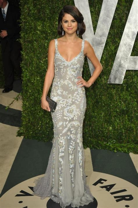 Vanity Fair Oscar 2012 Selena Gomez And Justin Bieber Selena Gomez Oscar 2012 Photos From Vanity Fair 03