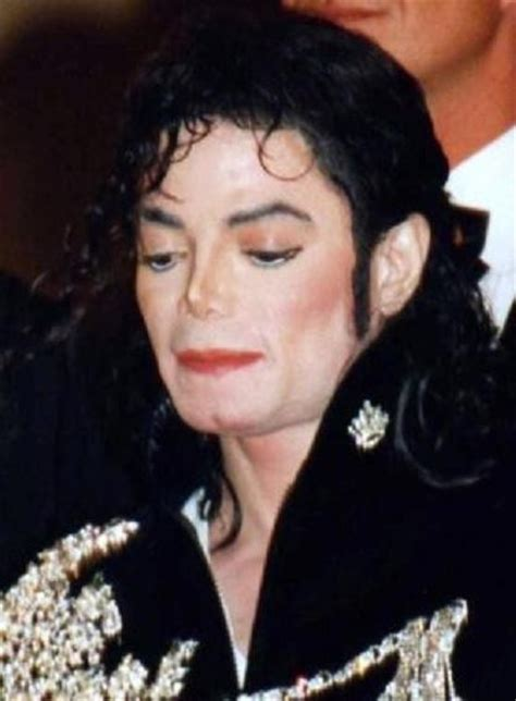 short biography of michael jackson wikipedia india arie skin lightening rumors 5 celebs accused of
