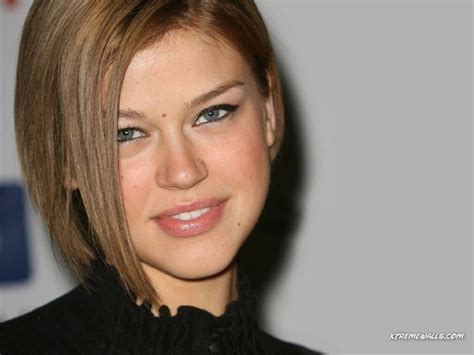 shaqiri hairline adrianne palicki asymmetrical bob make up bold looks