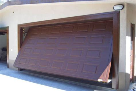 puerta basculante garaje puertas basculantes ascensores ayssa