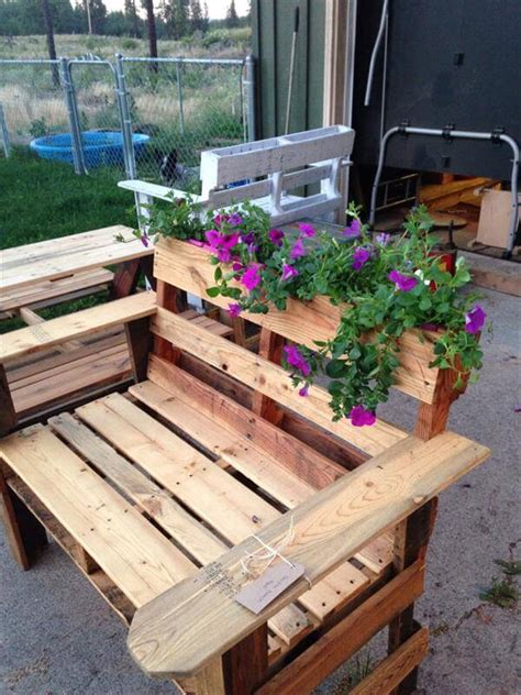 diy planter bench diy pallet bench with planter 101 pallets