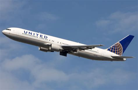 united airlines service coming soon united airlines seasonal nonstop service between athens and new york