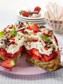 yogurette kuchen yogurette torte mit erdbeeren erdbeergl 252 ck
