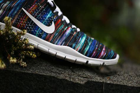 nike   tr fit  id stripe sneakers addict