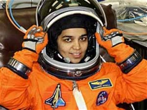 astronaut neil armstrong biography in hindi indian astronauts kalpana chawla page 3 pics about space